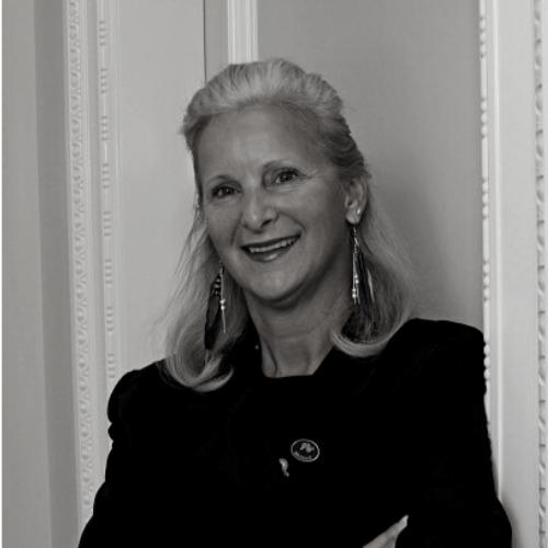 Cynthia Moreno Headshot