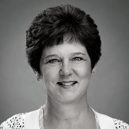Vicki L. Loyer headshot